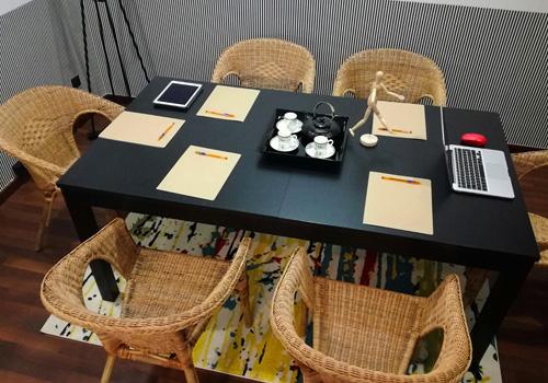 Sala de Reuniones - Is Coworking Barcelona